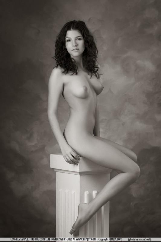 Femjoy uview naked eva