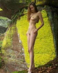Femjoy Anna-Leah – Nebelwald