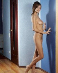 Lea Femjoy – Naked Shadow