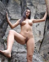 Femjoy Danielle – Rocks