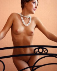 Salome Femjoy – Art Deco