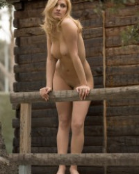 Femjoy Miel – Tree House